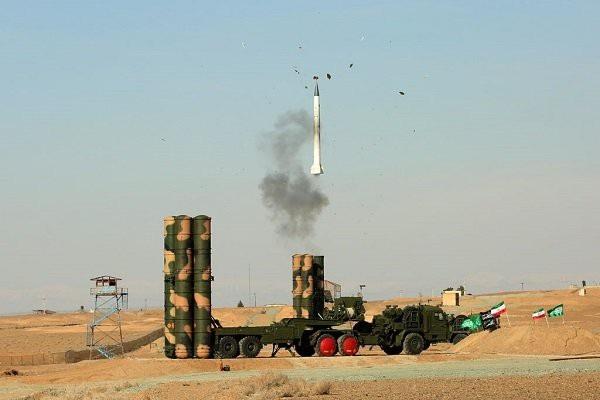 Lực lượng vũ trang Iran thử thành công hệ thống phòng không S-300 nhập khẩu từ Nga (Ảnh: Press TV)