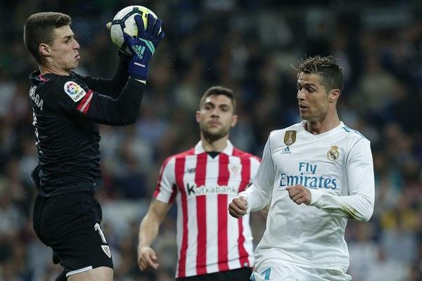 Real Madrid đang quá... dựa dẫm vào khả năng săn bàn của C.Ronaldo