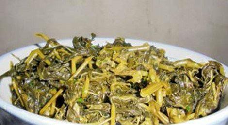 Dưa lá sắn đang là món ăn khoái khẩu của dân Hà thành