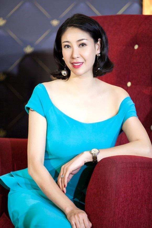 Nhan sắc của Hoa hậu Việt Nam 1992 sau 26 năm đăng quang.