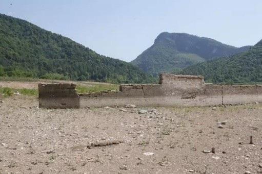 """Ngôi làng cổ Trung Quốc """"tái xuất"""" sau 50 năm biến mất - 2"""