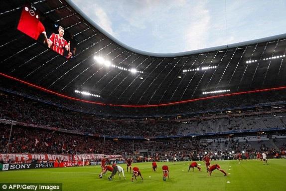 Bayern Munich hạ quyết tâm chiến thắng ngay ở trận bán kết lượt đi tại Allianz Arena