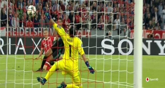 Kimmich đánh bại thủ môn Navas mở tỷ số cho Bayern Munich