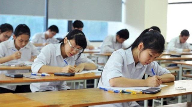 Các em tuyệt đối không dùng thiết bị gian lận trong kì thi bởi khi phát hiện ra, cho dù sử dụng hay không cũng bị đình chỉ thi. (Ảnh: Minh họa).