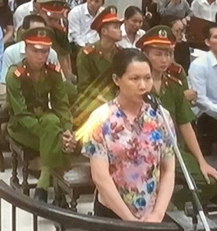 Bị cáo Nguyễn Thị Minh Thu, cựu TGĐ Oceanbank khai chi 19 tỉ đồng cho các sếp Cty Lọc hoá dầu Bình Sơn.