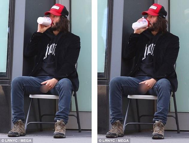 Trong phần phim mới, nhân vật của Keanu đang trong cuộc hành trình chạy trốn. Vẫn trong tạo hình của nhân vật, Keanu ngồi nghỉ ở góc phố sau khi luyện tập thể chất cùng nhóm diễn viên đóng thế.