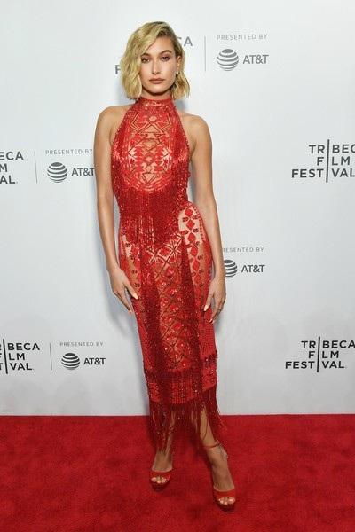 Cô từng trình diễn tại tuần lễ thời trang New York, Paris và Milan
