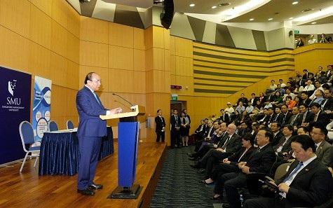 Thủ tướng mong muốn và kỳ vọng những du học sinh Việt tại Singapore sẽ về nước khởi nghiệp và tin rằng tương lai họ sẽ là Chủ tịch, Tổng Giám đốc doanh nghiệp.