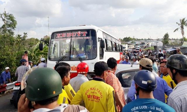 Vụ tai nạn gây kẹt xe kéo dài. (Ảnh: CTV)