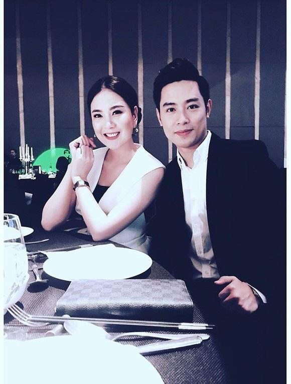 MC Mai Ngọc và MC Thanh Tùng của VTV. (Ảnh: Mai Ngọc).