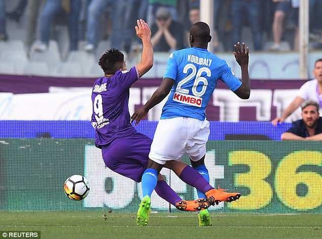 Thua Fiorentina, Napoli tắt mộng vô địch Serie A