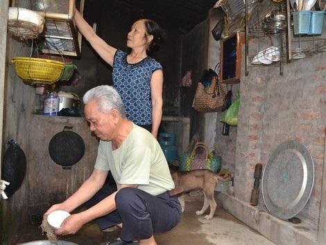 Cuộc sống giản dị của vợ chồng ông Toàn.