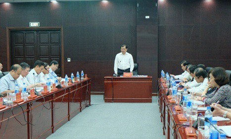 Ông Huỳnh Đức Thơ chủ trì cuộc họp thường kỳ tháng 4 của UBND TP Đà Nẵng diễn ra trong ngày 4/4