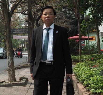 Tiến sĩ, Luật sư Lê Văn Thiệp sẽ bào chữa cho Bác sĩ Hoàng Công Lương tại toà.