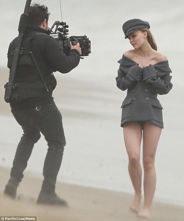 Lily-Rose Depp hiện đang nỗ lực để trở thành diễn viên - người mẫu nổi tiếng