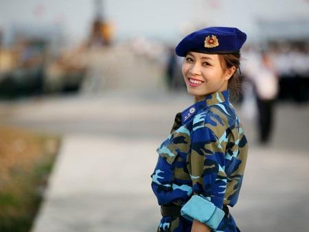 """Hình ảnh của cô gắn liền với chương trình """"Chúng tôi là chiến sĩ""""."""