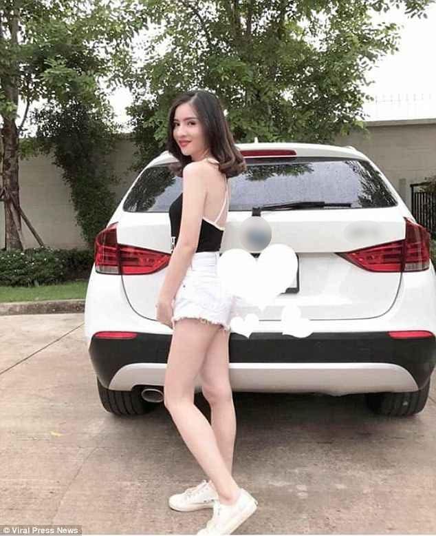 Natnicha Cherdchubupagaree, 21 tuổi, từng là sao nhí của màn ảnh Thái. Lớn lên, cô trở thành một thiếu nữ xinh đẹp. Hồi tháng 4 năm ngoái, Natnicha vừa sở hữu chiếc xe hơi đầu đời.