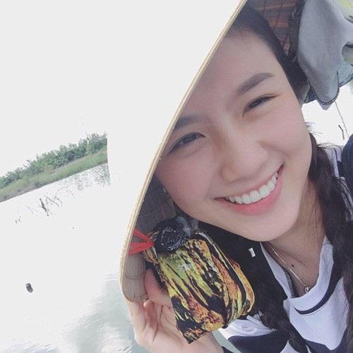 Hot girl Kiên Giang nổi đình nổi đám nhờ niềng răng suốt 4 năm - 4