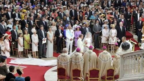 Choáng ngợp với sự xa hoa của những đám cưới hoàng gia tốn kém nhất lịch sử - 11