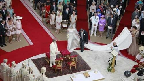 Choáng ngợp với sự xa hoa của những đám cưới hoàng gia tốn kém nhất lịch sử - 13