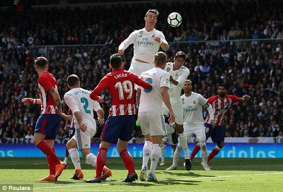Real Madrid áp đảo nhưng không thể ghi bàn ở hiệp 1
