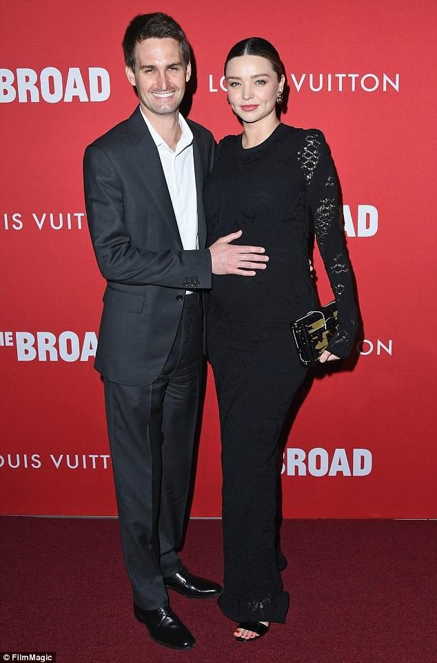 Miranda Kerr đã sinh con với chồng tỷ phú - Ảnh 2.