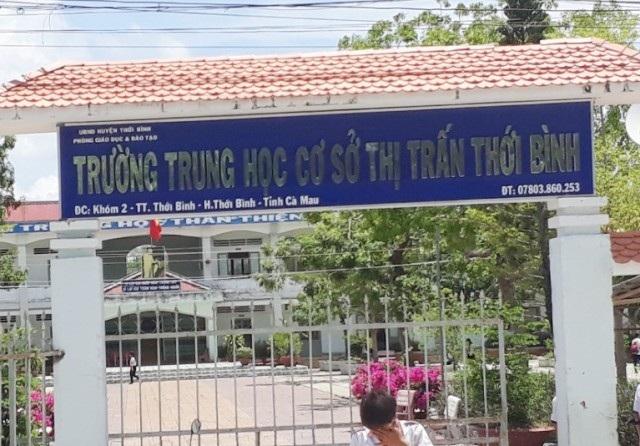 Trường THCS thị trấn Thới Bình, nơi thầy giáo T.H.S. công tác.
