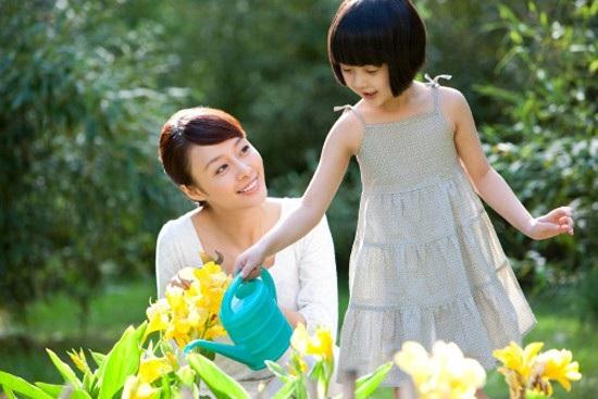 Một người mẹ tốt không phải cứ hy sinh cho con cái. Ảnh: I.T