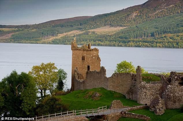 Người chơi Gareth cho biết anh đã đến thăm phế tích lâu đài Urquhart trước khi bị mất một bên chân trong một vụ tai nạn xe hơi.