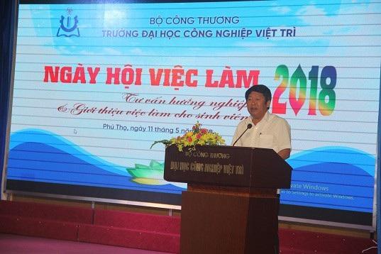 Trường Đại học Công nghiệp Việt Trì tổ chức Ngày hội tư vấn hướng nghiệp nghề - 2