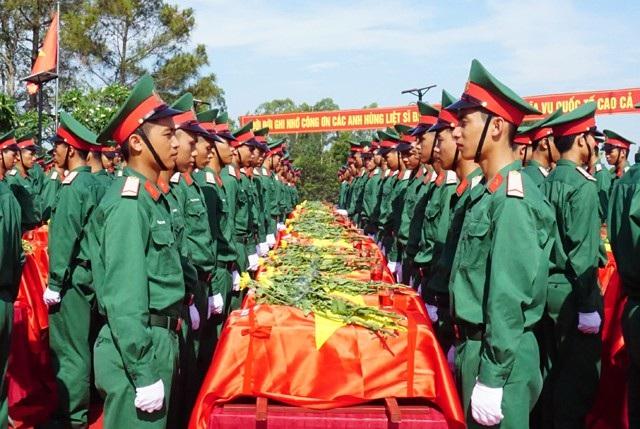 An táng 98 hài cốt liệt sĩ hi sinh ở nước bạn Lào - 6