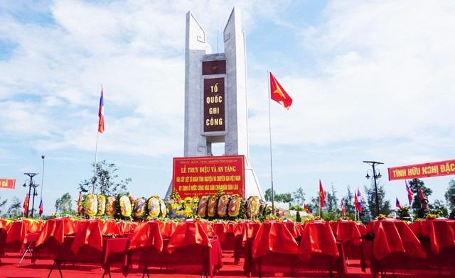 98 hài cốt liệt sĩ quân tình nguyện và chuyên gia Việt Nam hi sinh tại nước bạn Lào được quy tập về nước trong đợt tìm kiếm mùa khô 2017-2018