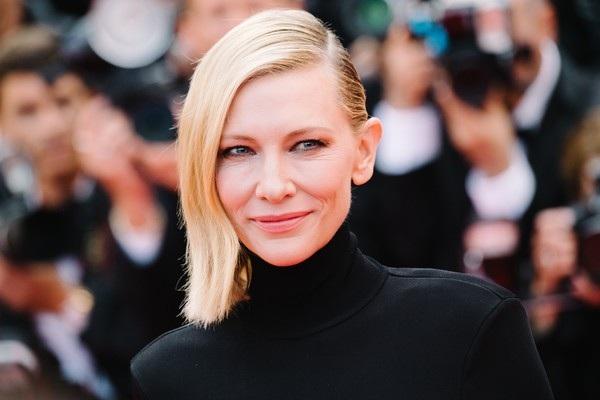 Cate Blanchett đẹp nổi bật với váy 7 sắc cầu vồng - 10