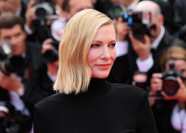 Cate Blanchett đẹp nổi bật với váy 7 sắc cầu vồng - 14