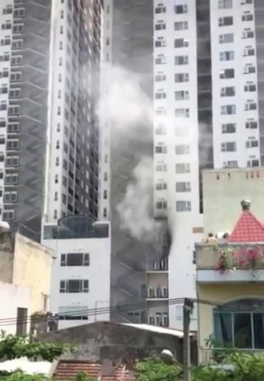Đám cháy xảy ra ở khu chung cư F.Home (quận Hải Châu, Đà Nẵng) vào ngày 29/4 vừa qua khiến người dân hoảng loạn