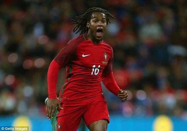 Sanches bị loại khỏi danh sách triệu tập 35 cầu thủ của đội tuyển Bồ Đào Nha