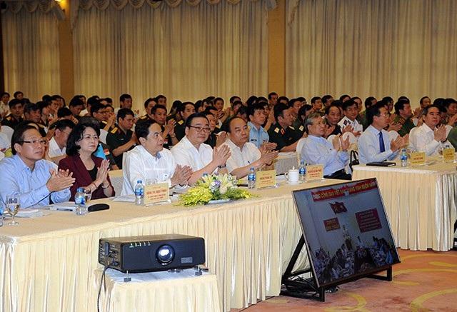 Các đại biểu dự hội nghị tại hội trường Trung tâm Hội nghị quốc tế, số 11 Lê Hồng Phong (Hà Nội)