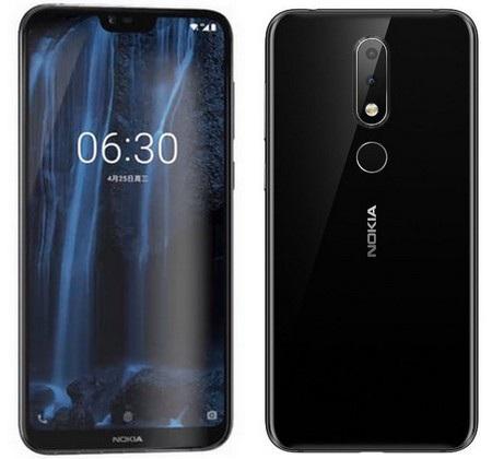 """Nokia X6 sở hữu màn hình """"tai thỏ"""" với cụm camera kép ở mặt sau sản phẩm"""
