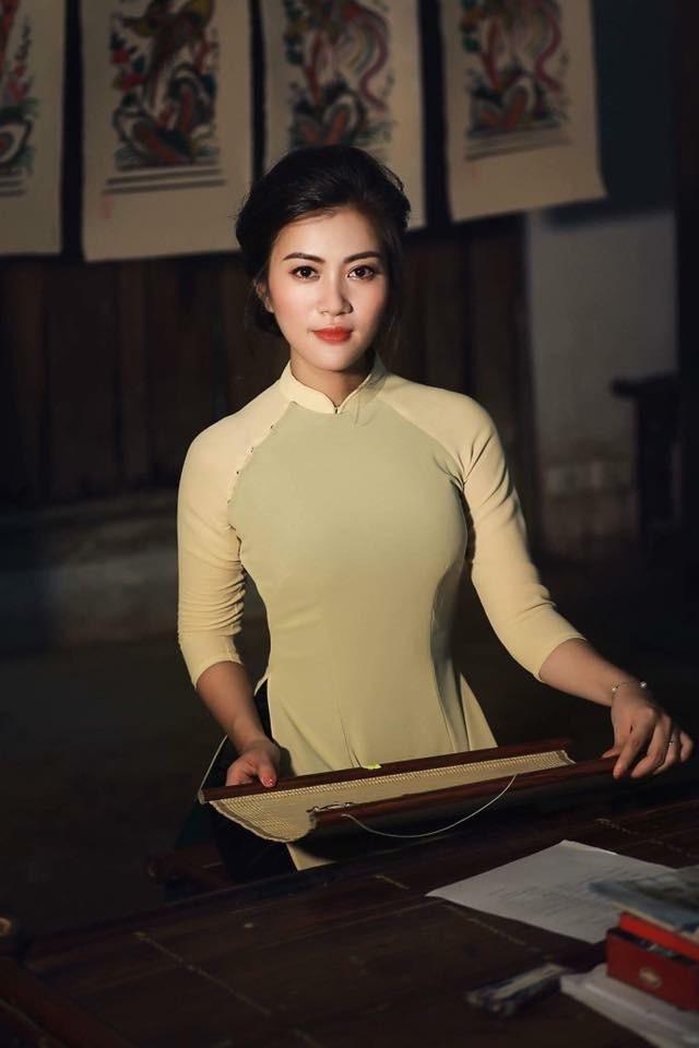Á hậu Thu Phương: Phụ nữ thông minh thấy sức hút từ đàn ông có ý chí - 10