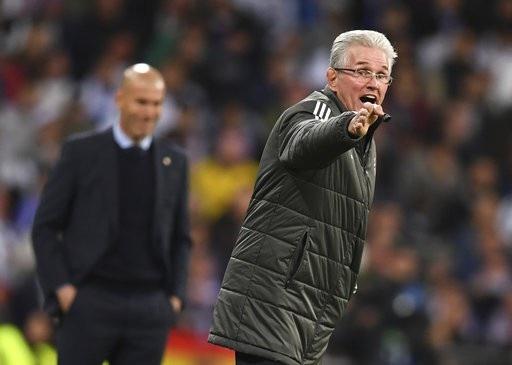 HLV Jupp Heynckes tiếc vì bị loại dù thi đấu hay hơn Real Madrid