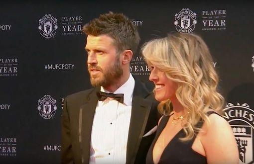 Vợ chồng tiền vệ Michael Carrick tới tham dự lễ trao giải thưởng thường niên của MU