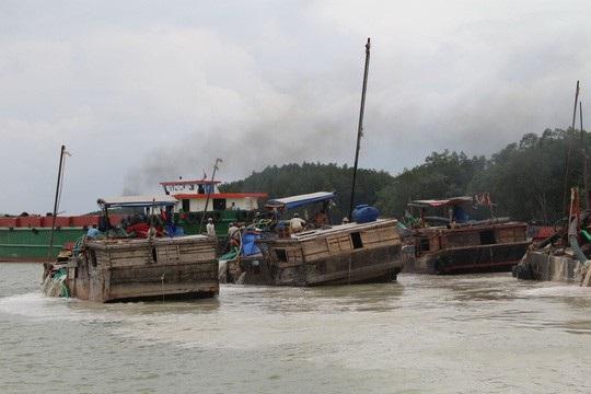Dự án nạo vét sông Thị Vải có rất nhiều điều tiếng (Ảnh: Người lao động).