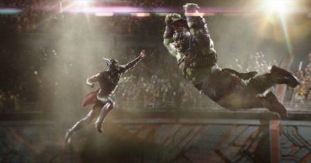 Nhìn lại những khoảnh khắc bùng nổ trong các bộ phim siêu anh hùng - 5