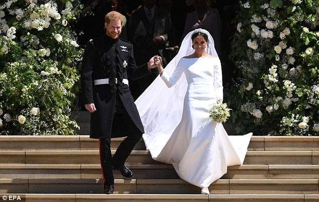Bí mật chiếc vương miện kim cương của cô dâu Meghan - 3