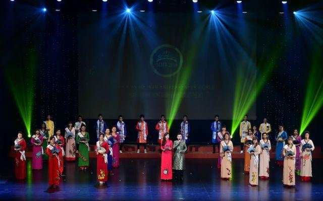 Lan Vy và Gia Lâm giành giải Hoa hậu và Nam vương - 2