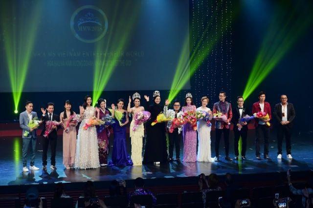 Lan Vy và Gia Lâm giành giải Hoa hậu và Nam vương - 25