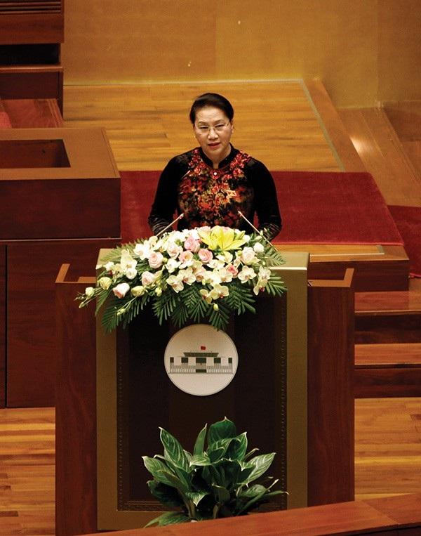 Chủ tịch Quốc hội Nguyễn Thị Kim Ngân phát biểu khai mạc kỳ họp thứ 5, Quốc hội khoá XIV. (Ảnh: Việt Hưng)