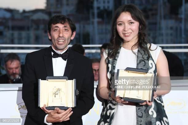 Nữ diễn viên chính xuất sắc nhất - Samal Yeslyamova (Kazakhstan) và Nam diễn viên xuất sắc nhất - Marcello Fonte (Ý)
