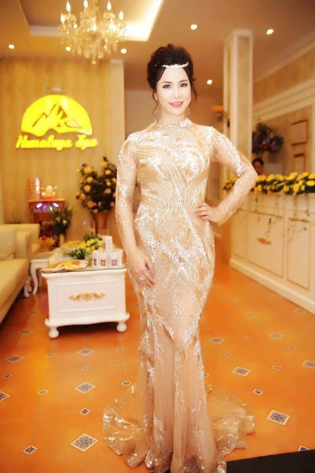 Jennifer Phạm, Kim Anh làm giám khảo thi hoa hậu - 2