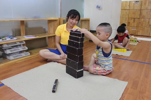 Mỗi khi mùa hè đến, các dịch vụ trông giữ trẻ tại nhà lại được khá nhiều phụ huynh lựa chọn. (Ảnh: K.Oanh)